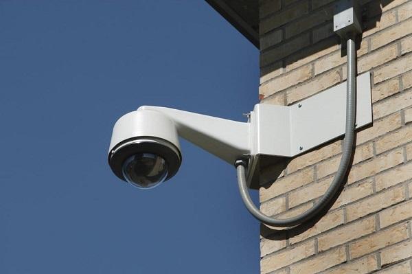 Kết quả hình ảnh cho Các tính năng nổi bật và cách bảo quản các loại camera quan sát vào mùa mưa